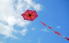 Plastic Kites with tail 1.00 m